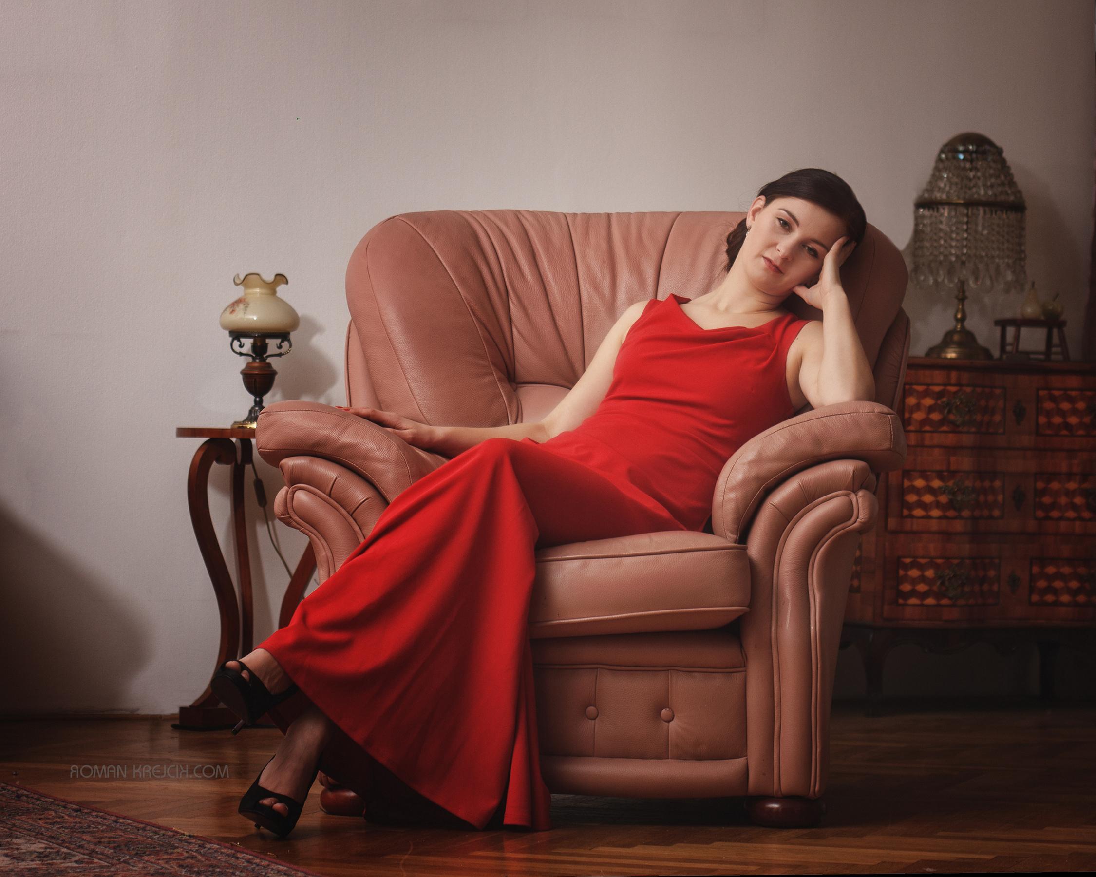 ženský budoir portrét