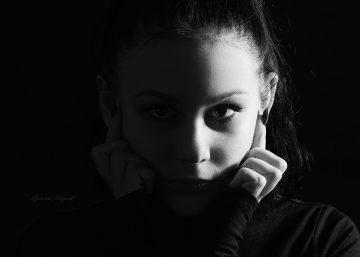 dívčí portrét